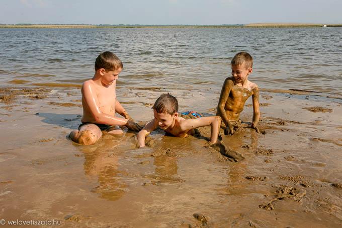 Nyári gyerektábortok a Tisza-tónál: vízi tábor, vitorlás tábor