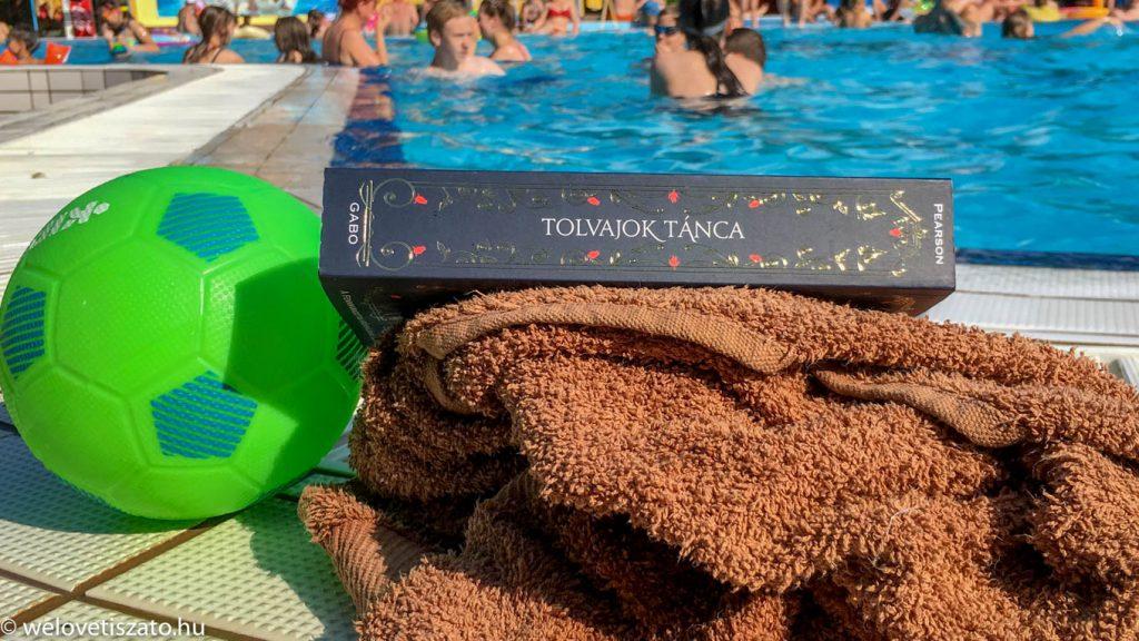 10 jó könyv, 10 strand a Tisza-tónál. Olvass és fürödj! :)