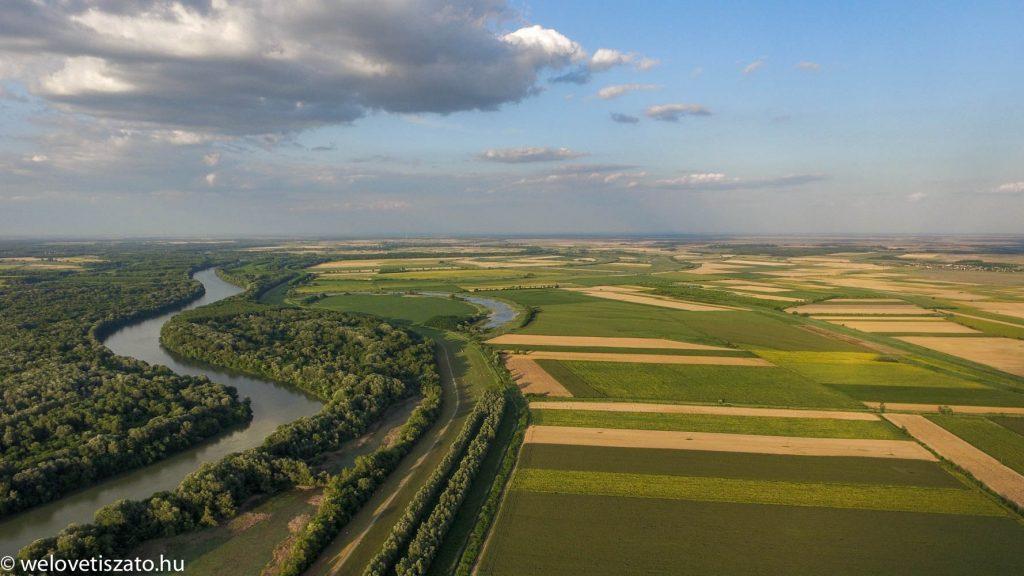 Drónnal a Tisza-tó felett