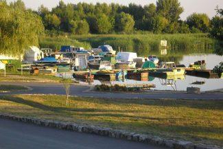 Dinnyésháti Csónakkikötő – Tiszanána