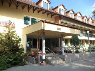 Touring Hotel és Étterem – Berekfürdő