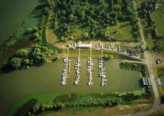 Köre Kikötő, a nyaralóhajózás bázisa – Kisköre