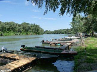 Katamarán Csónakkikötő és Kemping – Tiszaszőlős