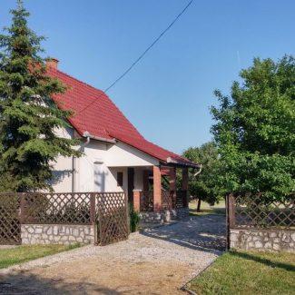 Hajdú Vendégház – Tiszanána-Dinnyéshát